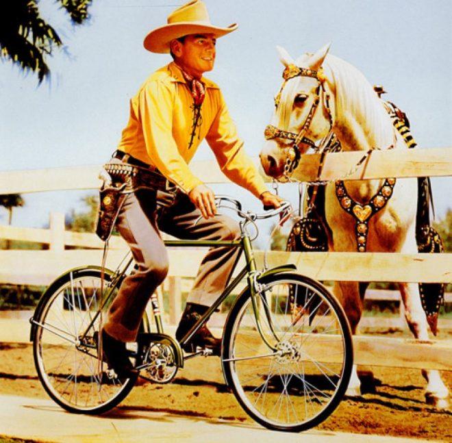 western-on-a-bike-768x754
